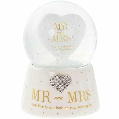 Mr & Mrs Waterball Snowglobe
