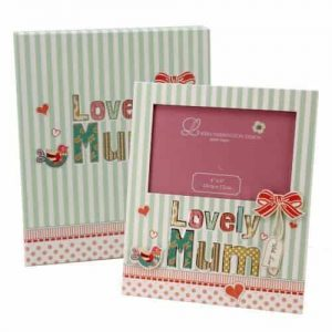 LOVELY MUM PHOTO FRAME with vibrant colours